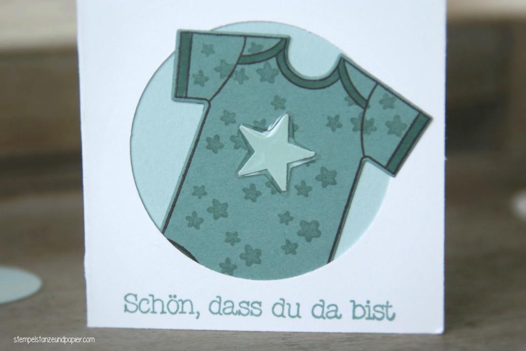 """Mini Baby-Kärtchen zur Geburt für kleine Jungs mit den Motiv Babybody aus dem Stempelset """"Zum Nachwuchs"""" von Stampin' Up!"""