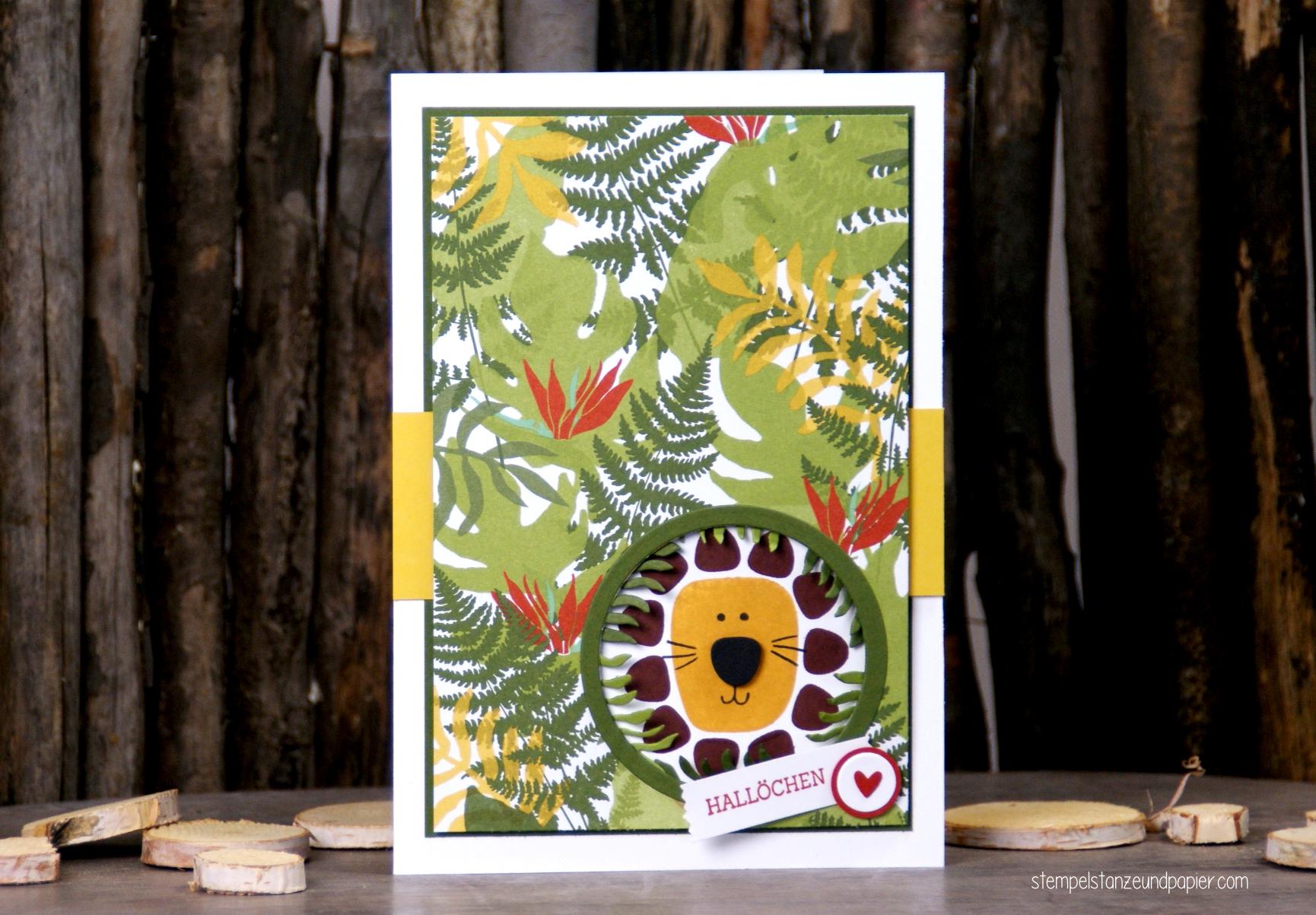 Wilde Dschungel Karte mit kleinem Löwen im Versteck 1