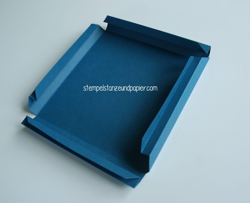Anleitung-fuer-einen-bilderrahmen-aus-papier-shadowbox-shadowframe-5