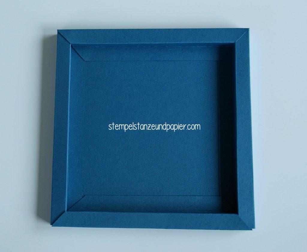 Anleitung-fuer-einen-bilderrahmen-aus-papier-shadowbox-shadowframe-7