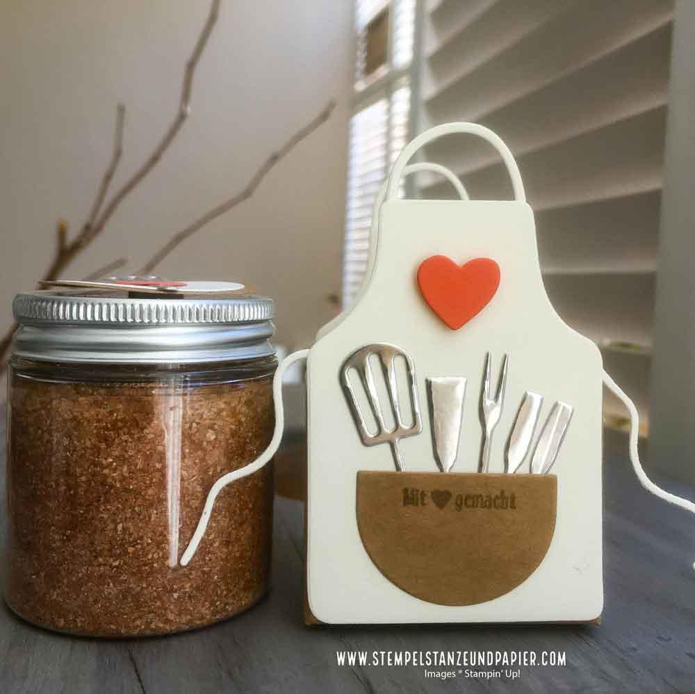 Geschenk aus der Küche BBQ Rub Memphis Dust verpackt mit Kittelkreationen Stampin' Up!